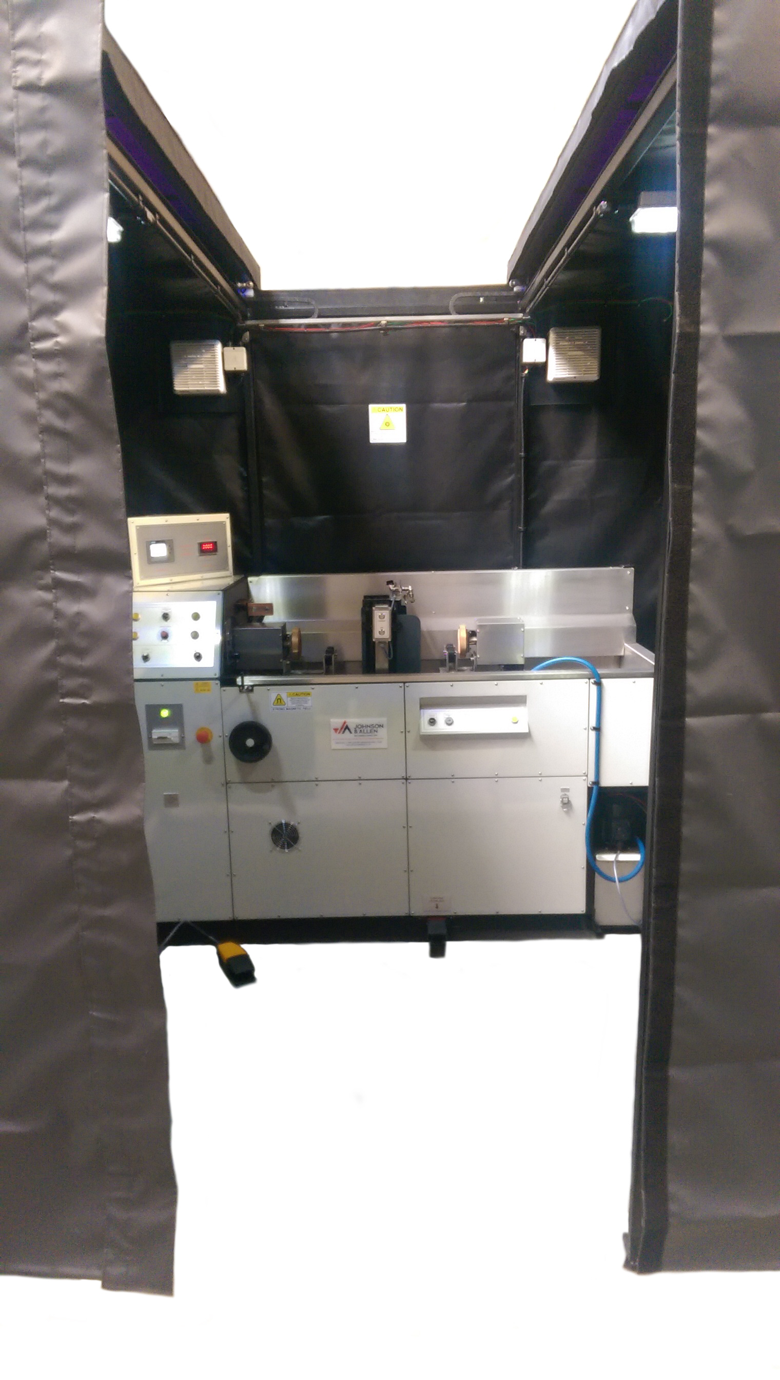 MBU 2000 UV Inspection Booth